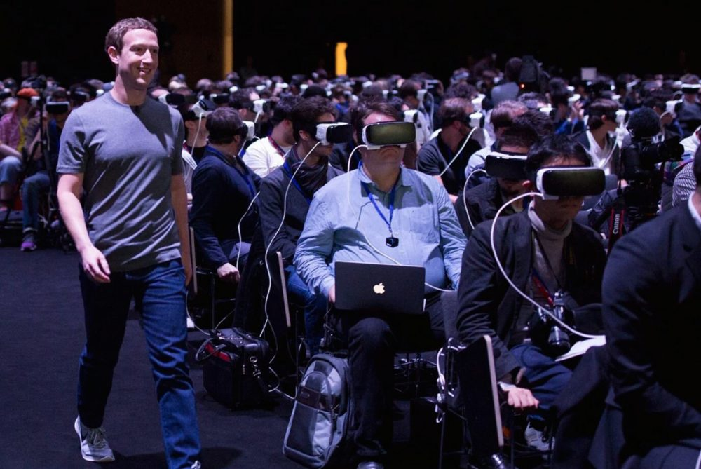 Mark Zuckerberg Sedang Bangun Mesin Pembaca Pikiran