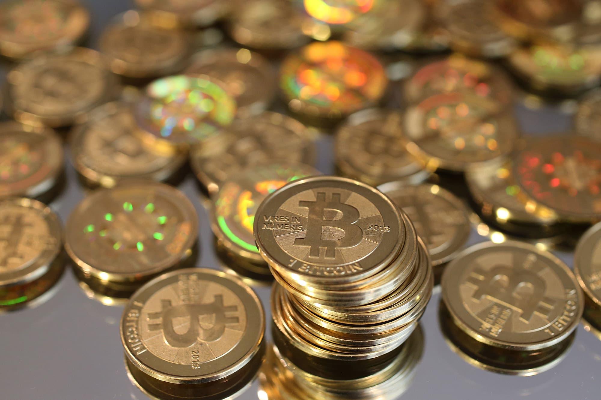 padirbtas bitcoin trader