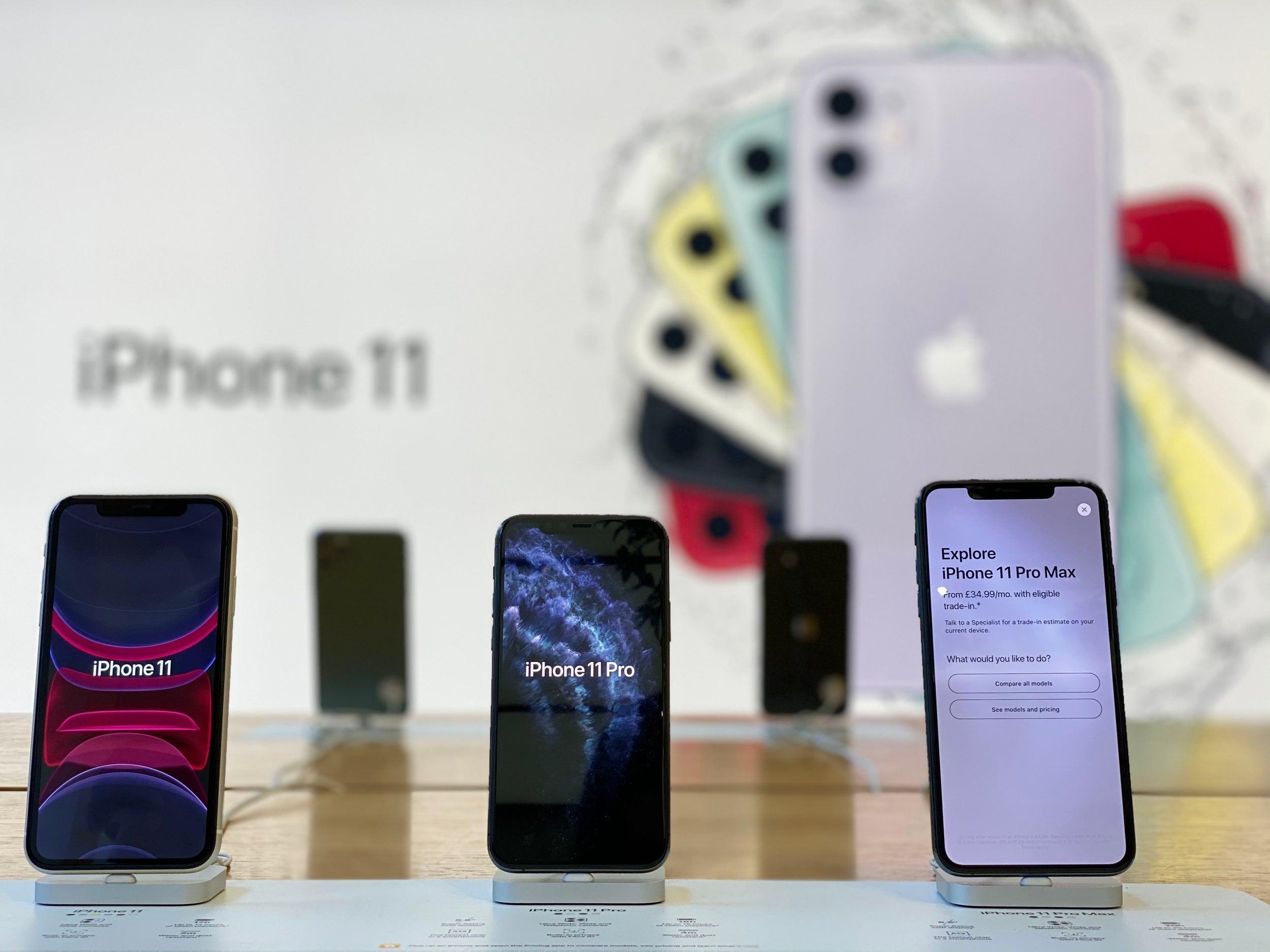 Resmi Dijual Di Indonesia Ini Harga Trio Iphone 11 Di Ibox Teknologi Id